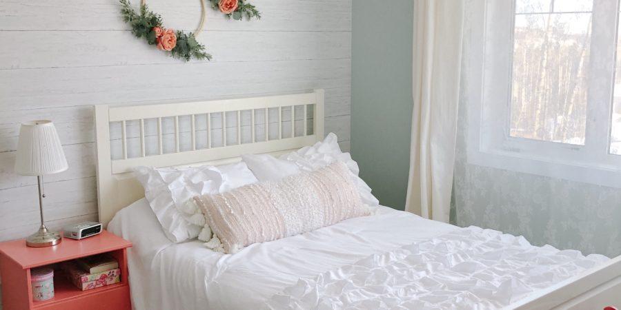 Shiplap Wallpaper in My Daughter\'s Bedroom – Valley + Birch